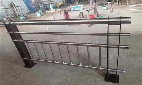 扬州护栏立柱信赖