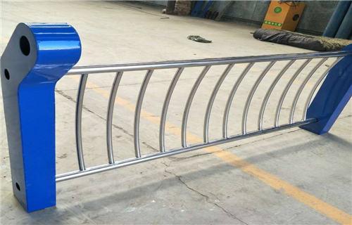 长治玻璃不锈钢护栏专业厂家定制