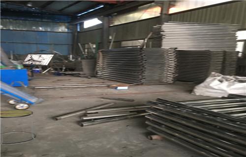四川河道防護不銹鋼欄桿現貨供應