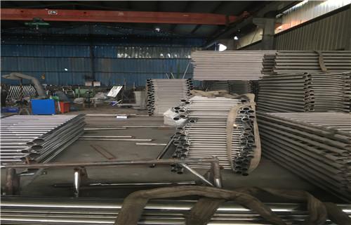 佳木斯不銹鋼碳素復合管主要分類