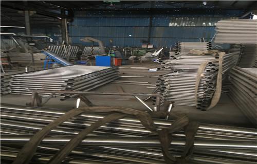 賀州天橋不銹鋼護欄桿規格繁多