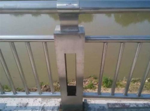 臨夏不銹鋼內襯碳素復合管供應