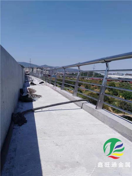 吉林橋梁防撞立柱外形簡約