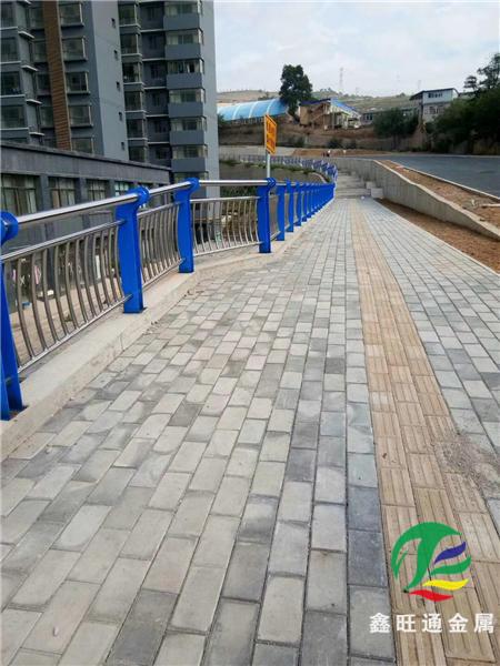 大興安嶺橋梁防撞護欄加工廠