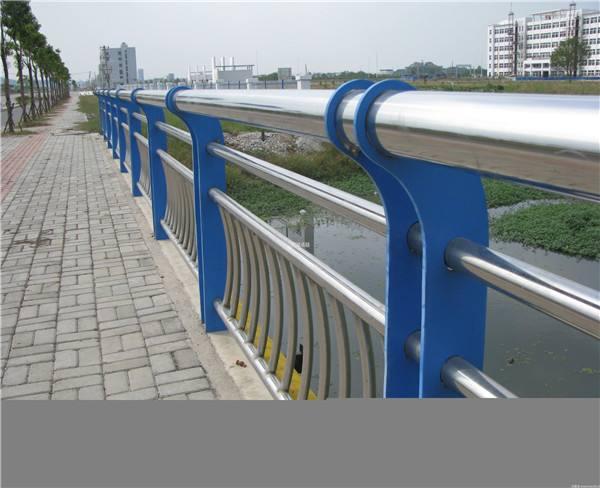 朝阳不锈钢防撞护栏免费设计桥梁防撞护栏