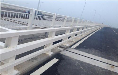 滁州不銹鋼道路護欄廠家直銷