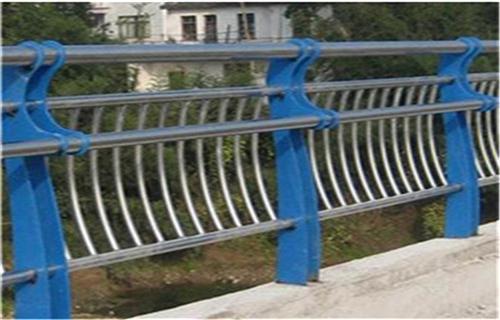 汕頭橋梁鋼板立柱噴塑噴塑