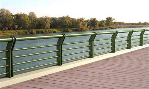 西安桥梁防撞支架欢迎采购|款式新颖