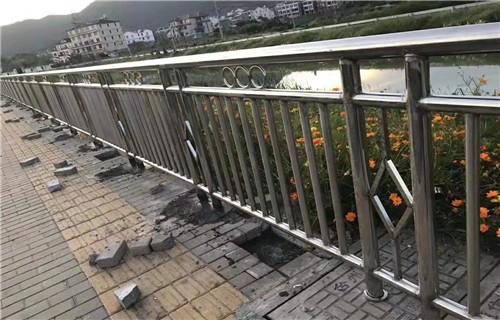 宜昌201不锈钢碳素钢复合管厂家