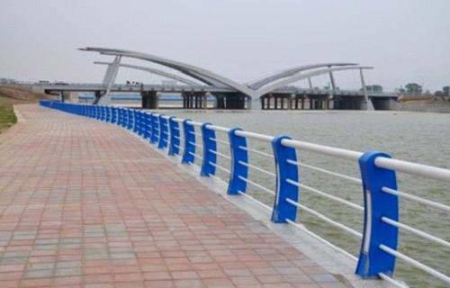 滄州Q235鋼板立柱廠家
