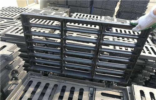 南京dn700方形鑄鐵井蓋報價