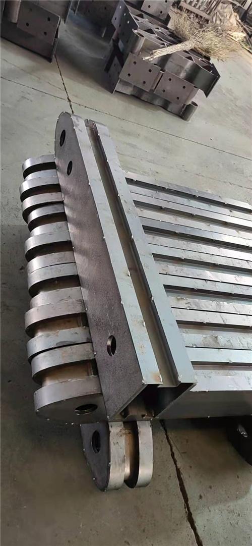 寧夏不銹鋼護欄立柱大量現貨
