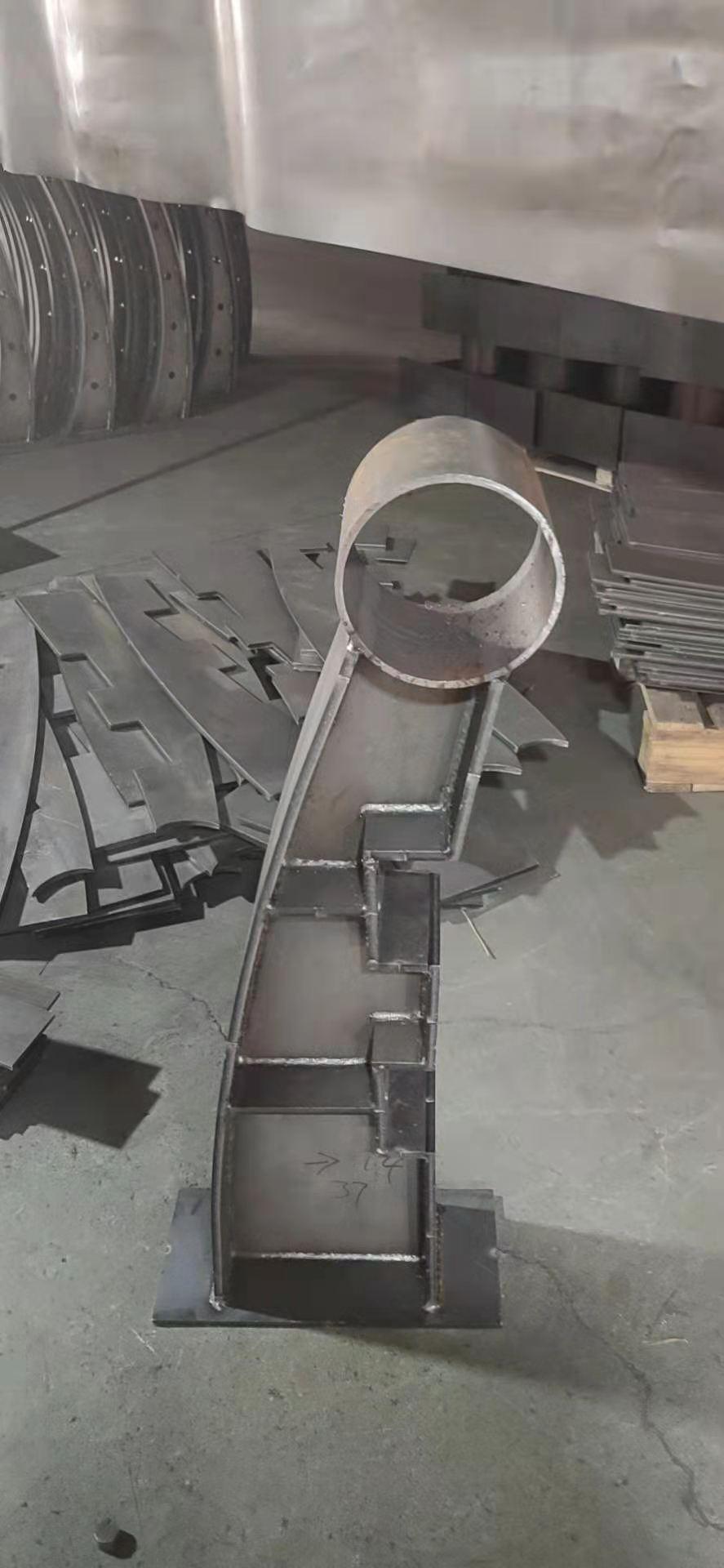 遼寧省撫順市橋梁鋼制護欄可定做