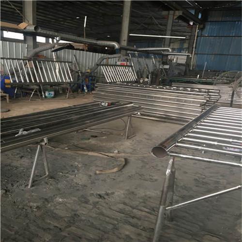 香港亮潔廠家供應不銹鋼碳素鋼復合管橋梁護欄