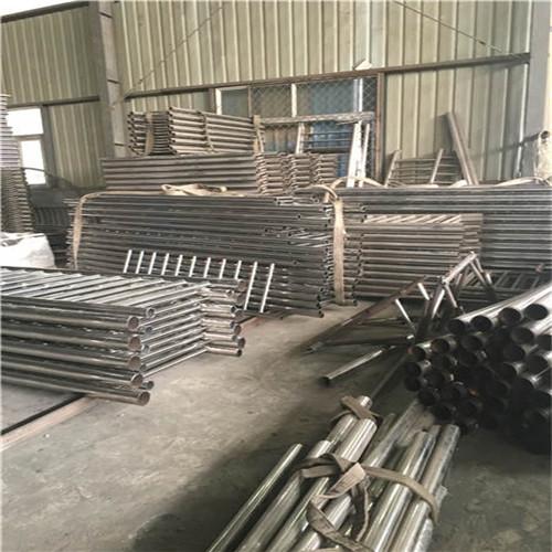 日照亮潔廠家供應不銹鋼碳素鋼復合管護欄