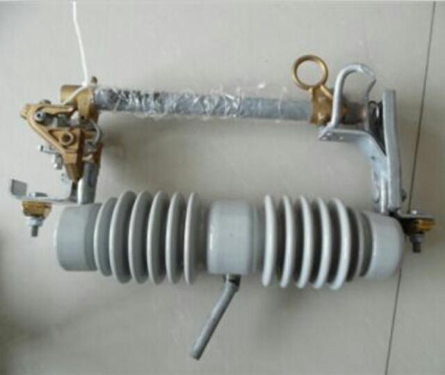 乌鲁木齐跌落式熔断器/型式试验报告RW3-10KV-200A