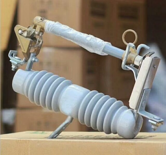 海南跌落式熔断器/型式试验报告HRW3-10KV/100A