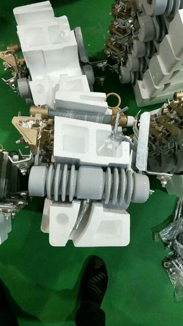 黄南/跌落保险生产厂家RW12-12/200A
