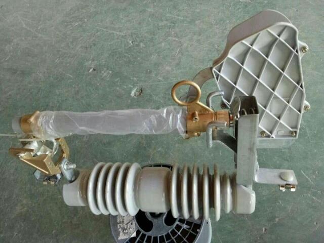 新疆跌落式熔断器/型式试验报告RW7-12KV/200A;HRW7-12KV/200A