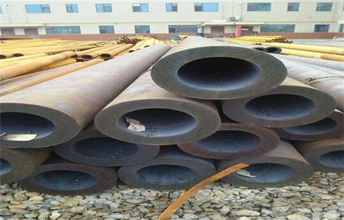 太原热轧630*50厚壁无缝钢管*对外加工外表光滑