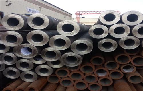 长春热轧377*35的厚壁无缝钢管多少钱一吨每米什么价位