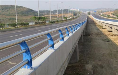双辽不锈钢护栏上等质量不锈钢复合管护栏