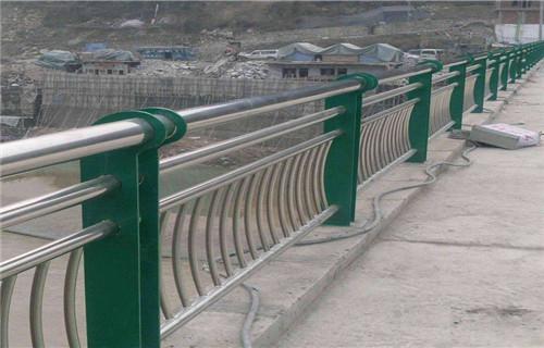 南江不锈钢栏杆优级质量不锈钢复合管护栏