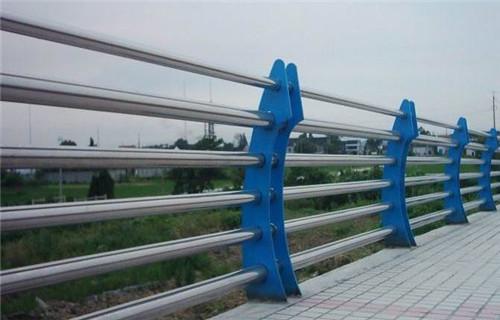 上高不锈钢复合管护栏销量全国不锈钢复合管护栏