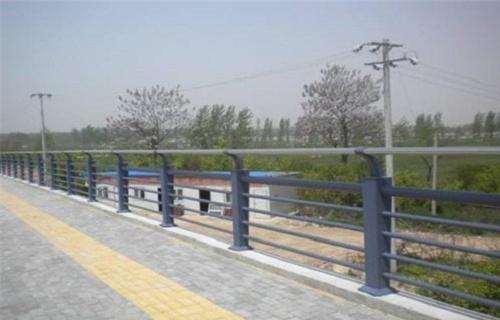 香港不锈钢复合管护栏厂货源充足