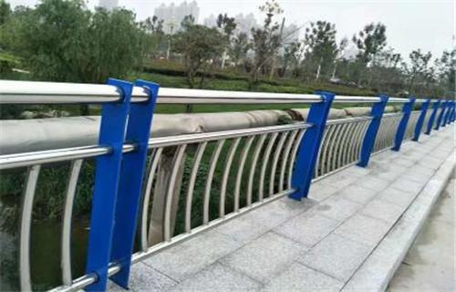 襄樊不锈钢复合管桥梁护栏价格优惠