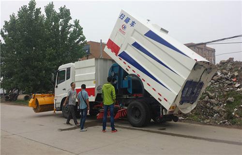 银川环卫扫路车专业供应
