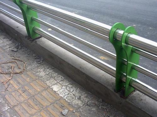 张家口钢板立柱焊接安装