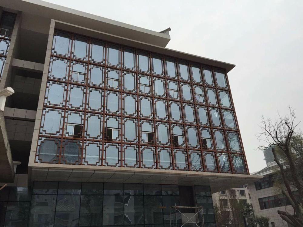 佛山中国风雕刻铝窗花出厂价格