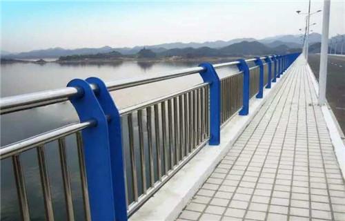 九龙坡精美设计复合管桥梁防撞护栏定做价格