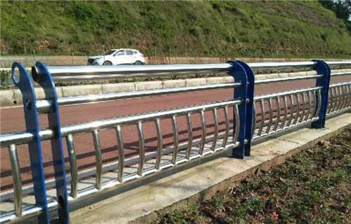 城口精美设计复合管桥梁防撞护栏定做价格