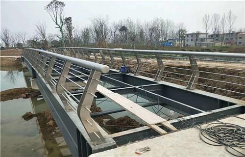 合肥304不锈钢站台栏杆行业标杆
