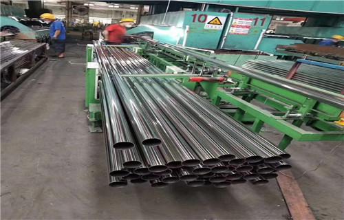 黔东南厂家图纸标准生产复合管公路防撞护栏/栏杆