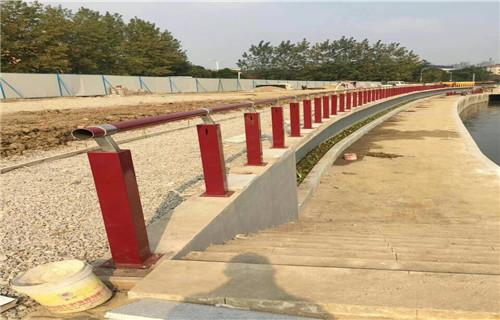 桂林厂家图纸标准生产复合管桥梁防撞护栏/栏杆