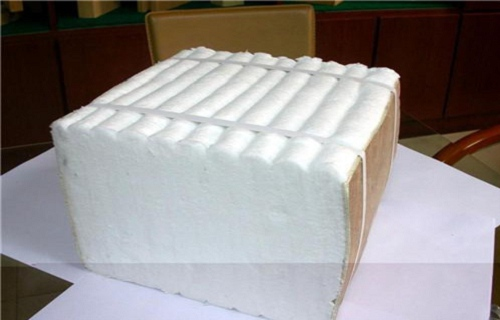 克拉玛依硅酸铝针刺毯硅酸铝陶瓷纤维板