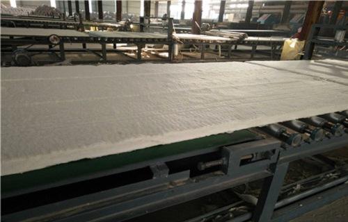 海东硅酸铝针刺毯厂家陶瓷纤维毯厂家岩棉板厂家