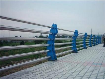 济宁不锈钢复合管道路景观护栏好评