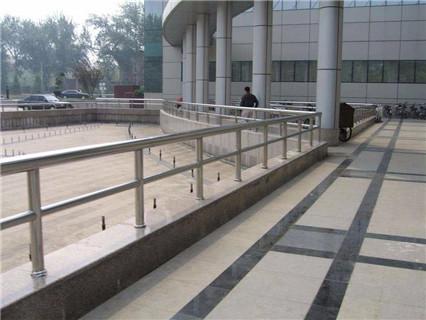 呼伦贝尔碳素钢防撞桥梁护栏特优质量