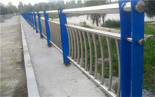 阳泉桥梁护栏立柱上等质量