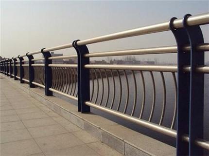 海口不锈钢复合管道路景观护栏报价