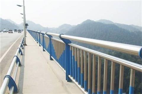 蚌埠碳素钢不锈钢河道护栏防护栏最低价