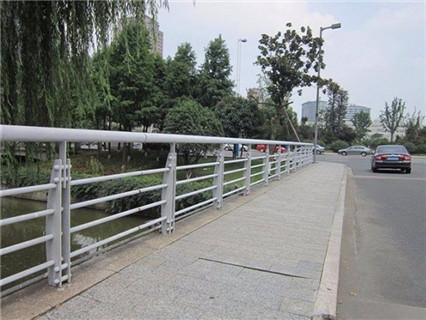 中山不锈钢桥梁护栏知名产品