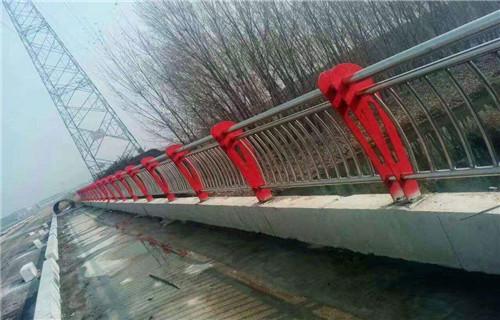 凉山碳素钢护栏立柱最新行情