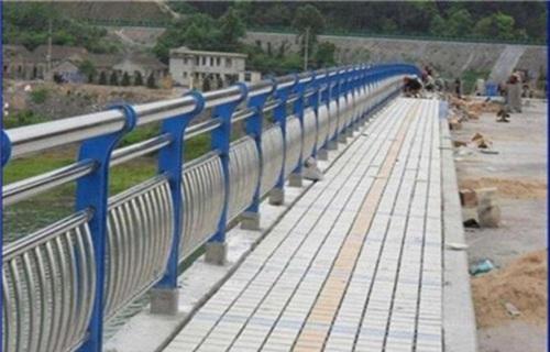 济南不锈钢桥梁护栏哪家便宜