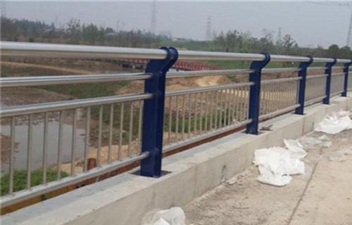 阿坝不锈钢碳素钢LED 灯光护栏如假包换