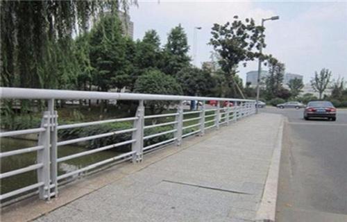 乌海碳素钢不锈钢护栏栏杆加工